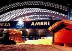 L'Ambrì vola, sottoceneri è già inverno.